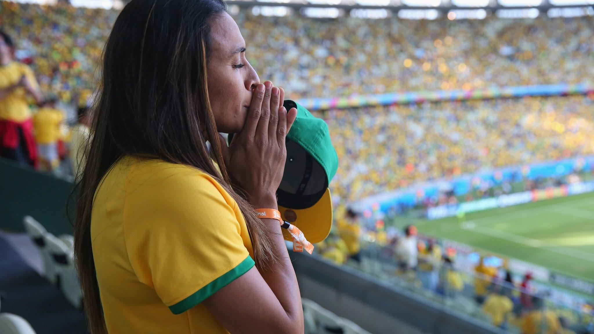 210 - Brazil-Colombia [2-1] -- 04 Jul 2014 - 17-00