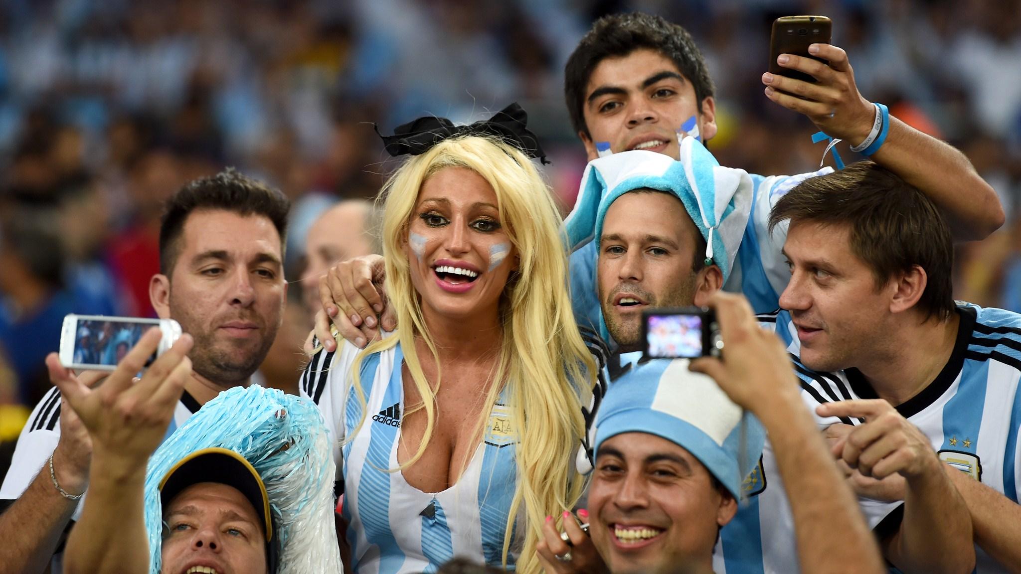 118 - Argentina-Bosnia and Herzegovina [2-1] -- 15 Jun 2014 - 19-00