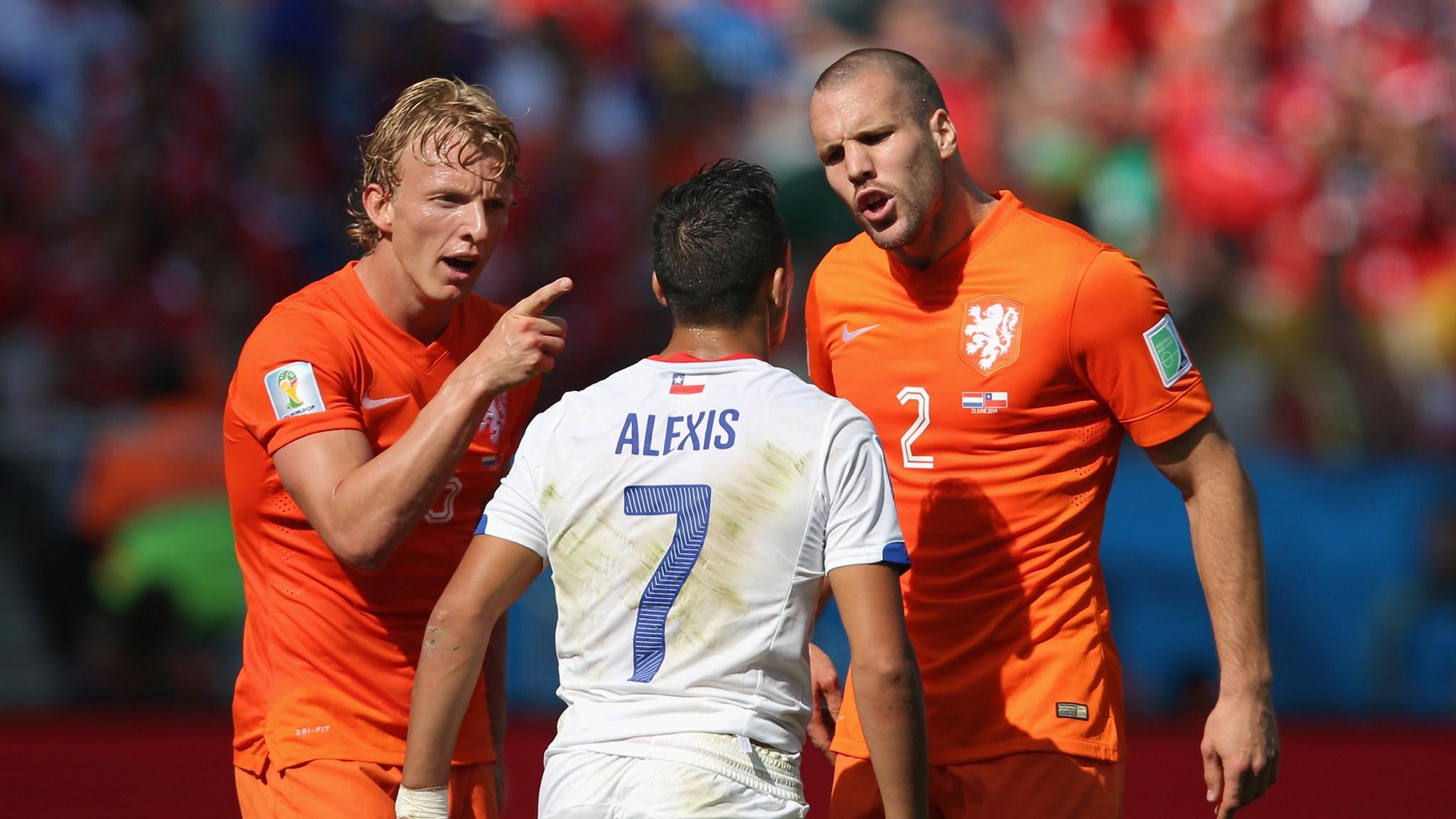 Смотреть футбол нидерланды чили 21 фотография