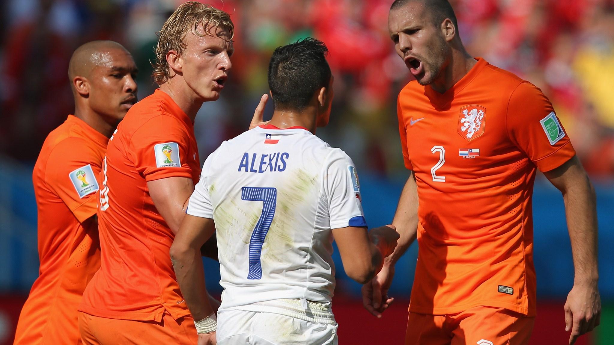 Смотреть футбол нидерланды чили 19 фотография