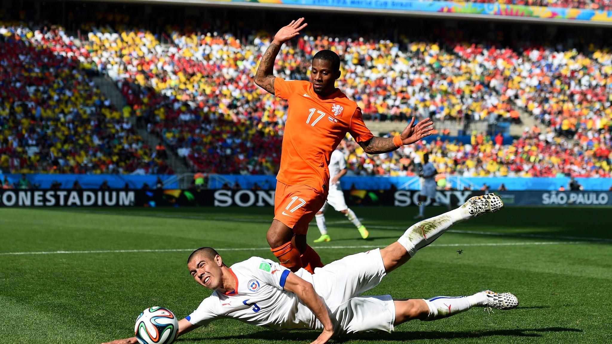 Смотреть футбол нидерланды чили 13 фотография