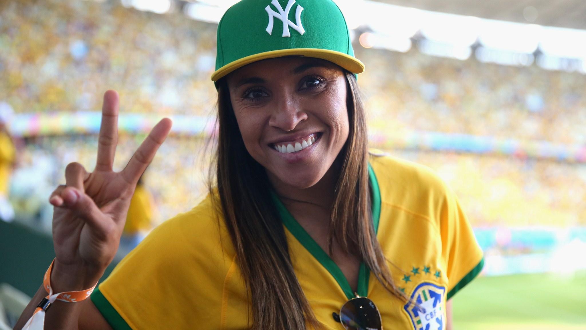 221 - Brazil-Colombia [2-1] -- 04 Jul 2014 - 17-00