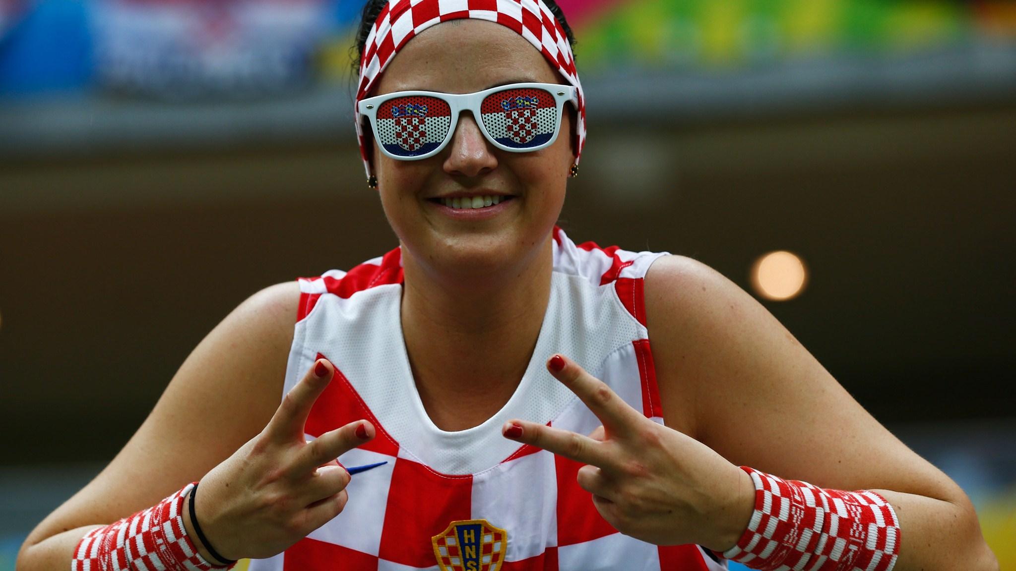 102 - Cameroon-Croatia [0-4] -- 18 Jun 2014 - 18-00 -- manaus_arena_amazonia - kuaza