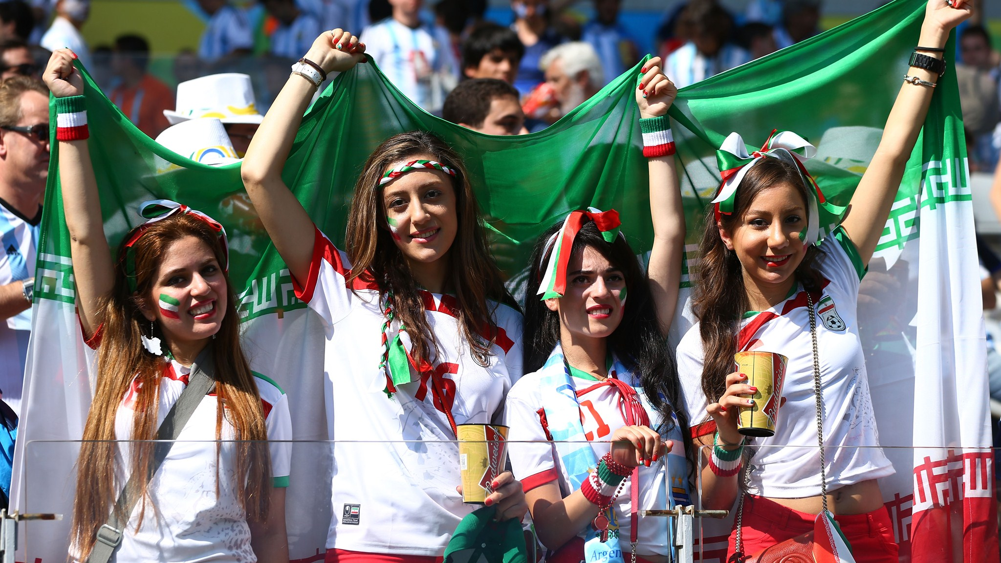 90 - Argentina-Iran [1-0] -- 21 Jun 2014 - 13-00 - kuaza