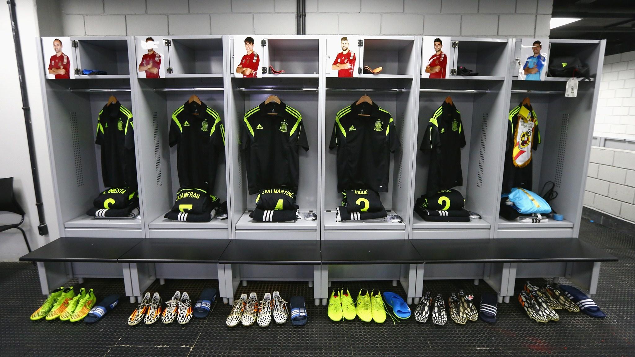 99 - Australia-Spain [0-3] -- 23 Jun 2014 - 13-00 - kuaza